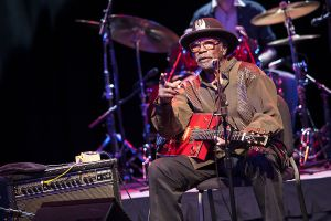 Bo Diddley Apr 23 2006 117.jpg