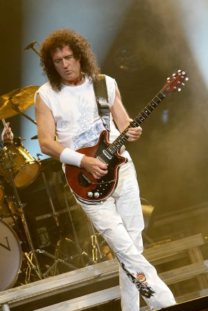 Queen w Paul Rodgers at the Coliseum Apr13-06 233.jpg